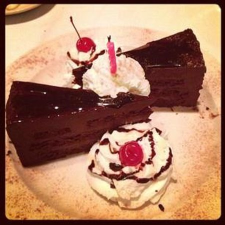 Bocci's Italian Village: Their chocolate cake is to die for!