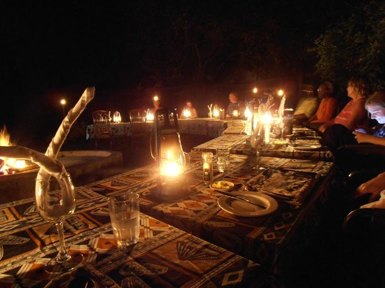Royal Kruger Lodge: Dinner by fire & candlelight
