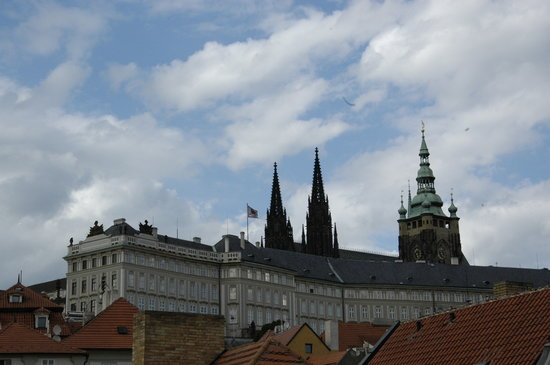 Eclectic Apartments: View from the windows - Prague Castle