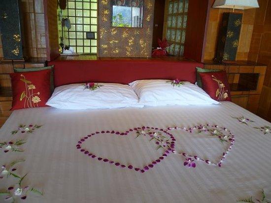 Mom Tri's Villa Royale: Honeymoon welcome