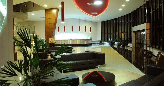 Viale Cataratas Hotel: Lobby
