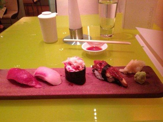Morimoto: sushi & sashimi