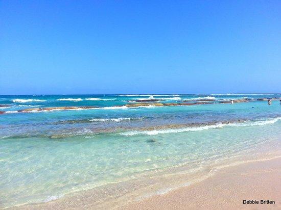 Grand Bahia Principe Tulum: Beautiful beach showing reef