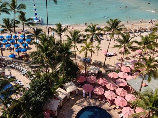 The Royal Hawaiian, a Luxury Collection Resort: view from tower waterfront 10th floor