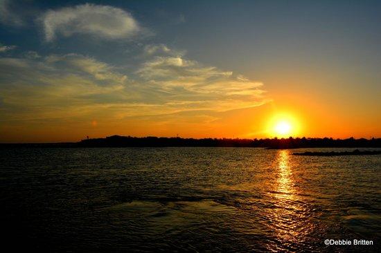 FatCat Ocean Adventures: Wonderful sunset from the catamaran