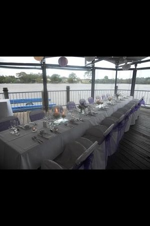 River Deck Restaurant: quarter deck