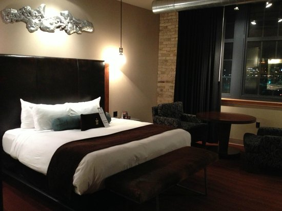 The Iron Horse Hotel: Guest room