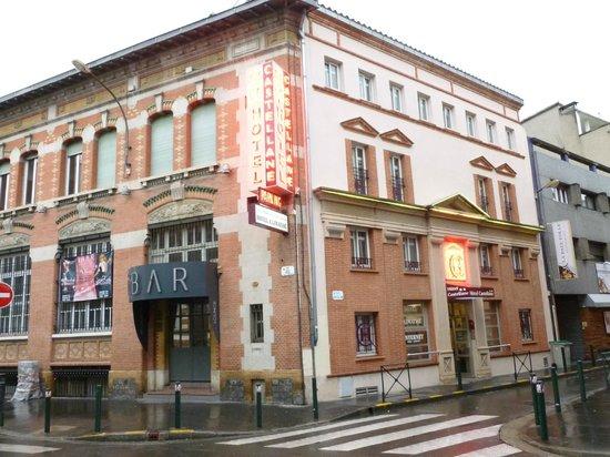 Hotel Castellane: Ouf, le Night club est fermé le dimanche soir!