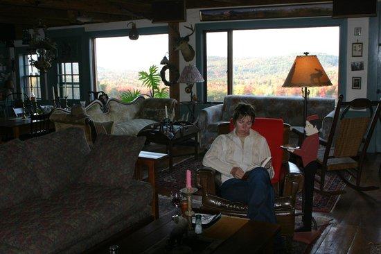 Brookhirst Farm Bed & Breakfast: Livingroom