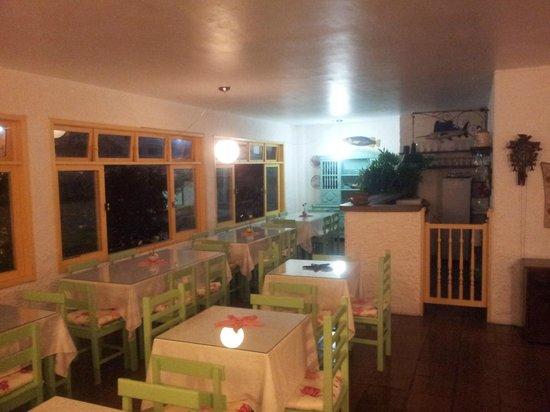 Hotel Praia dos Anjos : Área café da manhã.