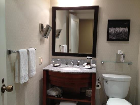 The Fairmont Winnipeg: nice amenities