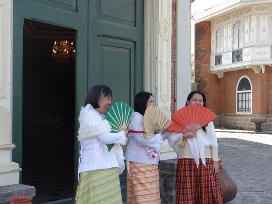 i my sisters in maria clara outfit picture of las casas
