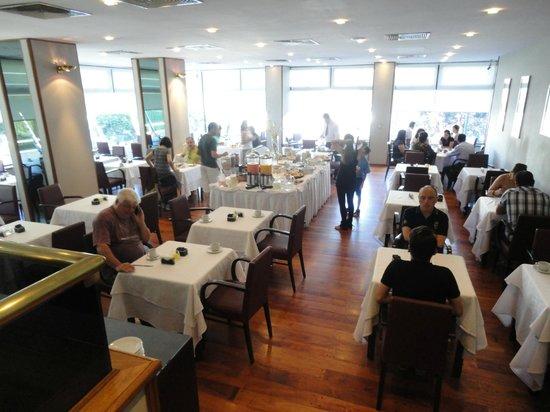 Conte Hotel: Comedor