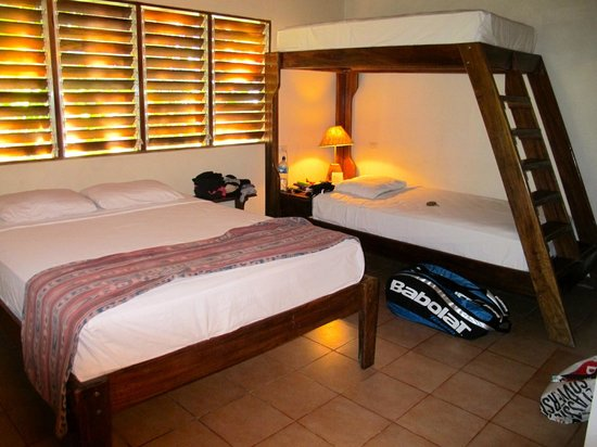 Harbor Reef Surf Resort: Nosara Room #14
