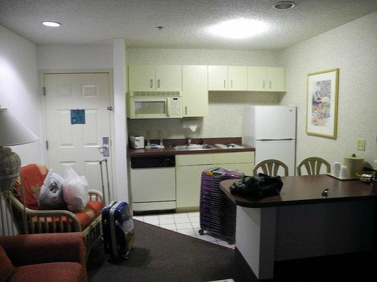Quality Suites Lake Buena Vista: Küche