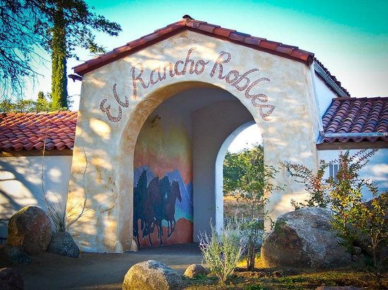 El Rancho Robles