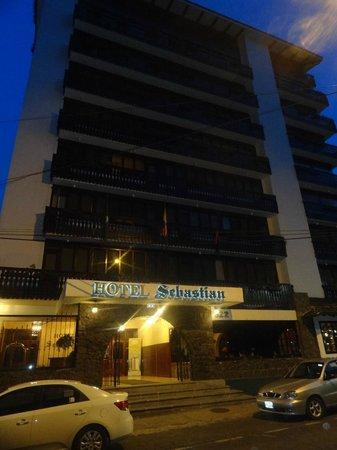 Hotel Sebastian: frente del hotel