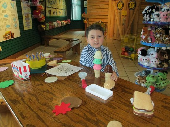 Mayfield Dairy Farm Reese Is Building A Toy Ice Cream Cone