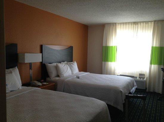 Fairfield Inn & Suites Temple Belton : Room