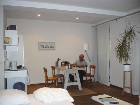 โรงแรมเชินเฮาส์ อพาทเมนท์: Senior II apartment on ground floor