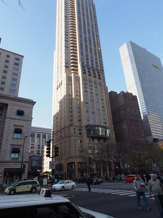 Park Hyatt Chicago from the outside