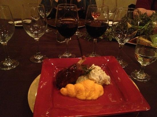 Meriwethers: pork with mashed potatoes and two of the red wines