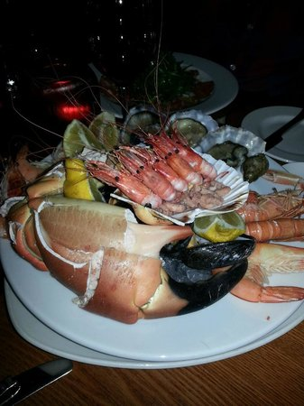 Pebble Beach Rooms: Sea Food (Fully recommend the king crab and Jumbo praws)
