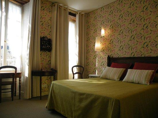 Hotel Diderot: Lumière d'Eté, Lumière d'Automne, ou celle d'Hiver choisissez la votre