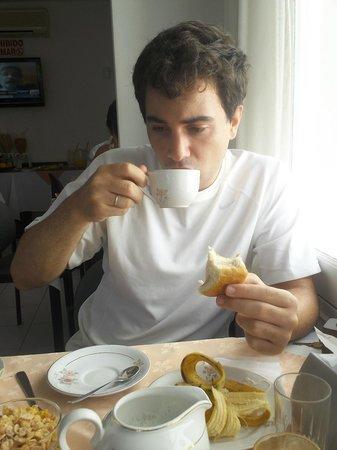 Bonne Etoile Hotel: Desayuno