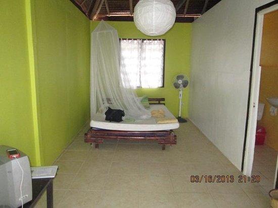 Surfers Home Boracay: inside room #2