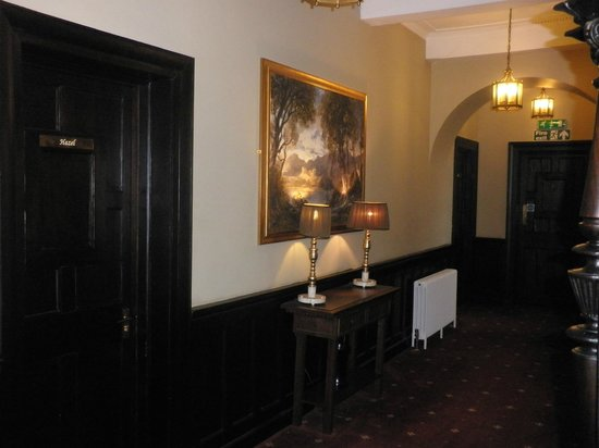 Carnbooth House Hotel: Upstairs Hallway