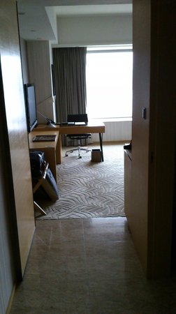 Hyatt Regency Hong Kong, Sha Tin: Room from door