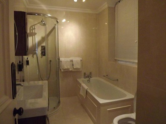 The Mansions Apartments: One of the bathrooms in 3 bed - 2 bathroom apartment