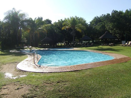 Kruger Park Lodge: The pool at the Lodge