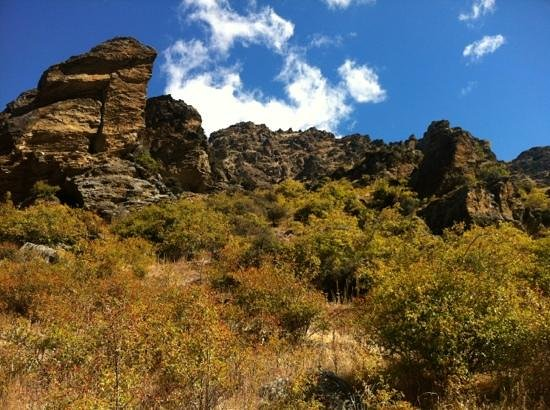 Goldfields Mining Centre: yep the path disappears up there...