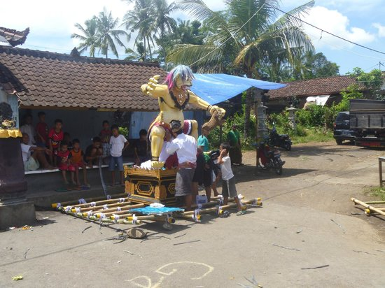 Wangsean Village: ogoh-ogoh in Wangsian - representations of the devil for Nyepi