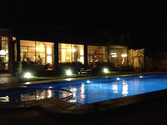 Cal Bisbe Restaurant: Vista nocturna