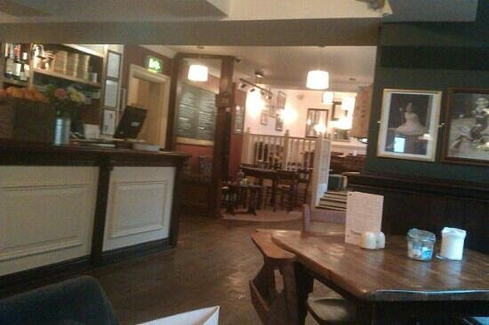 Theoc House: Sat opposite the bar