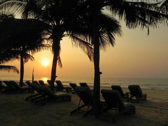 ميا ريزورت موي ني: Beach