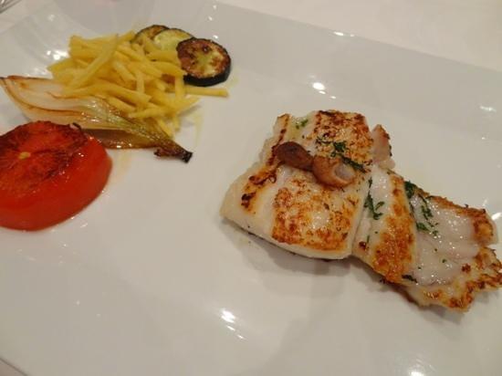 Morgado : perfectly cooked hake