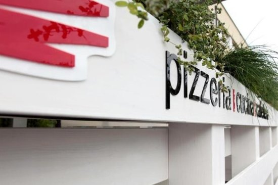 Le Torri - Pizzeria Cucina Caffetteria : Plateatico
