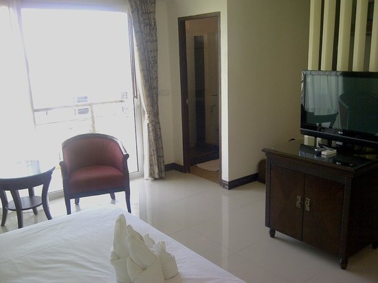 The New Eurostar Jomtien Beach Hotel & Spa: Partial view of superior room