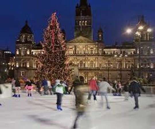 Premier Inn Glasgow City Centre (George Square) Hotel: christmas lights