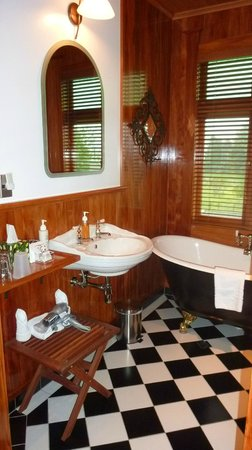 Holly Homestead B&B: Il bagno