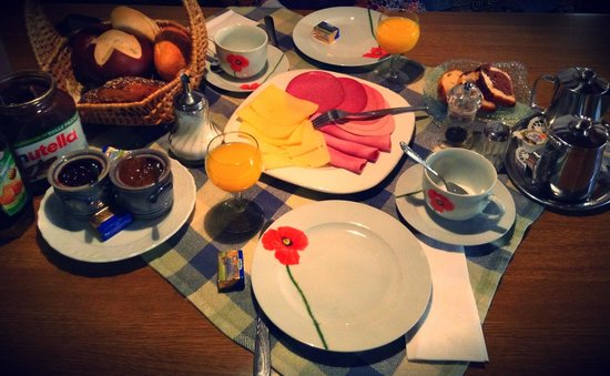 Guesthouse Edith: Nice Breakfast