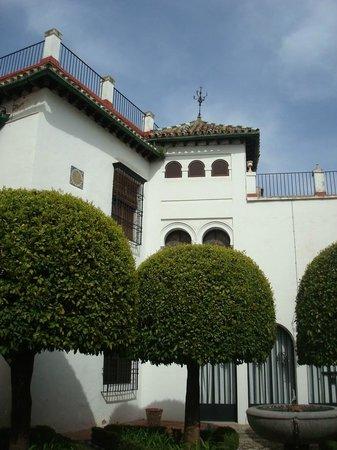 Museo de Julio Romero de Torres: Exterior museo