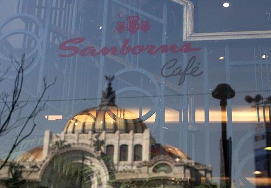 Sanborns Cafe