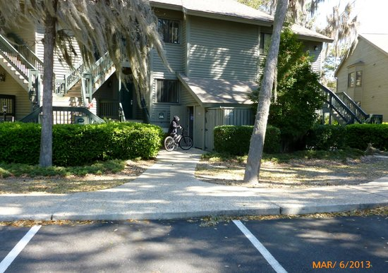 Egret Point by Spinnaker Resorts: front of unit