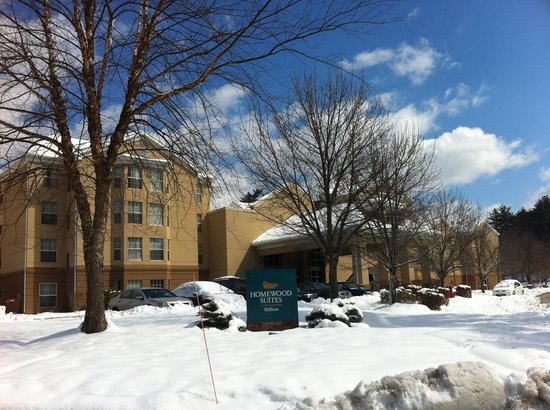 Homewood Suites by Hilton Boston - Billerica: Snow covered