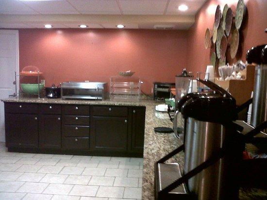 Stadium Inn : Breakfast area was clean and well kept.